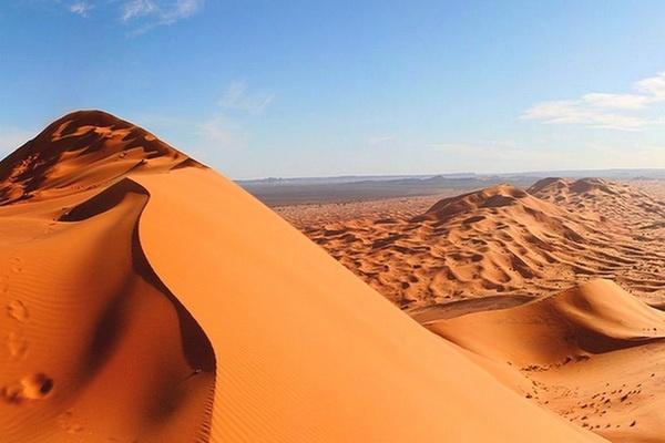 Découvrez les dunes du Merzouga 02