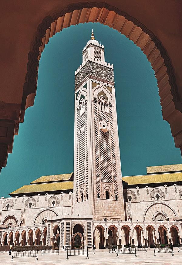 Casablanca Maroc Hassan daux mosque | Voyage Maroc sur mesure | Voyage au Maroc | Vacances au Maroc sur mesure | Trek au Maroc | circuit de velo au maroc | randonnée et voyage | Trekking | VTT | Randonnées & Treks au Maroc montagne désert