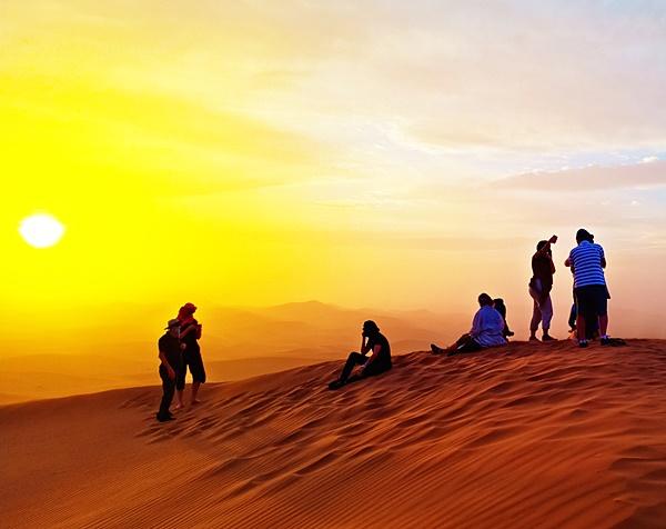 Chegaga erg   Voyage Maroc sur mesure   Voyage au Maroc   Vacances au Maroc sur mesure   Trek au Maroc   circuit de velo au maroc   randonnée et voyage   Trekking   VTT   Randonnées & Treks au Maroc montagne désert