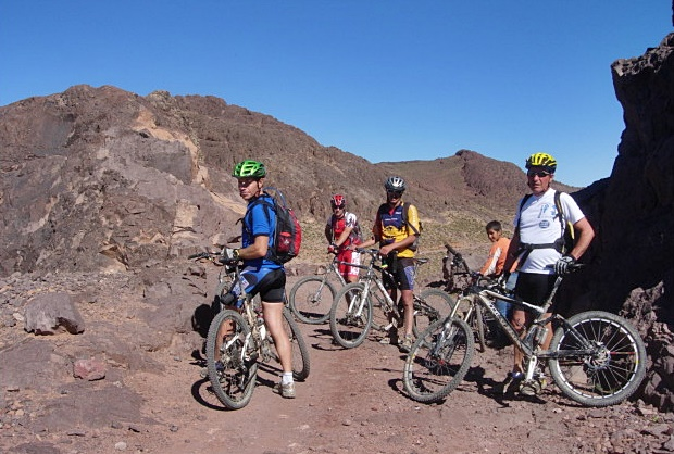 Mtb in Morocco 1   Voyage Maroc sur mesure   Voyage au Maroc   Vacances au Maroc sur mesure   Trek au Maroc   circuit de velo au maroc   randonnée et voyage   Trekking   VTT   Randonnées & Treks au Maroc montagne désert