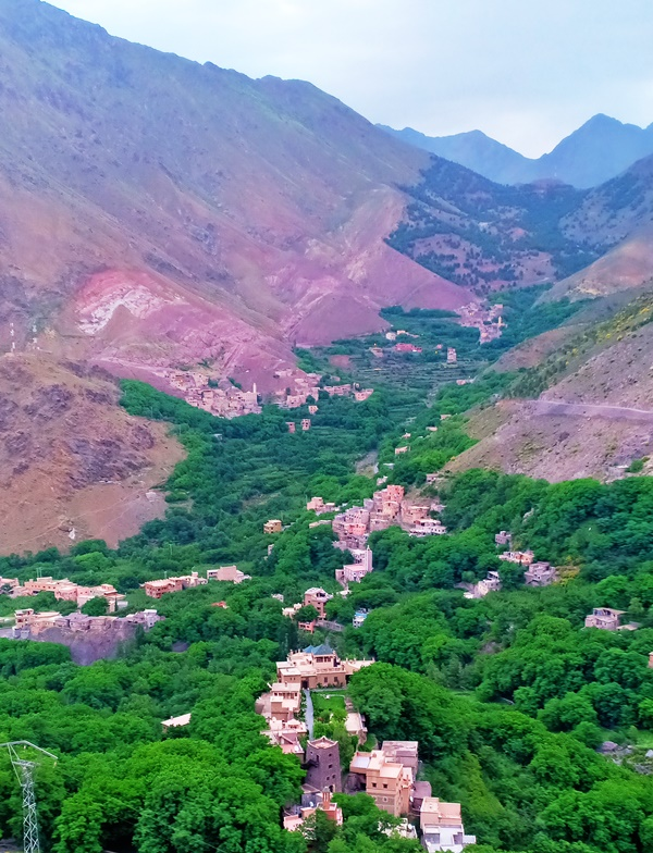 les villages berberes | Voyage Maroc sur mesure | Voyage au Maroc | Vacances au Maroc sur mesure | Trek au Maroc | circuit de velo au maroc | randonnée et voyage | Trekking | VTT | Randonnées & Treks au Maroc montagne désert